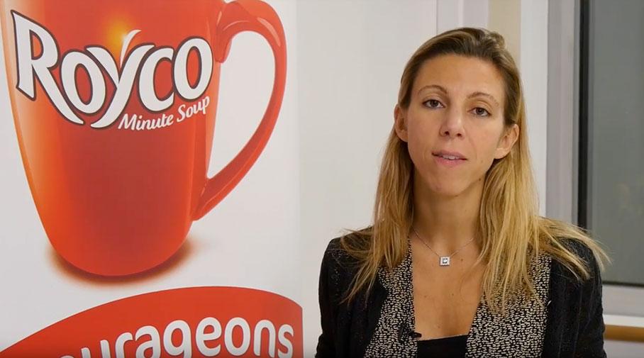Capture d'image de Madame Julie Le Foyer pour la vidéo sur le prospectus